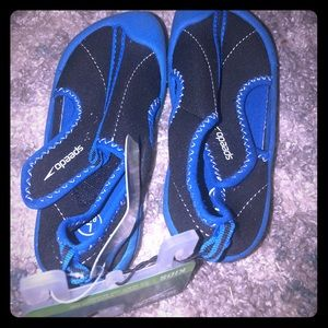 Brand new speedo water shoes